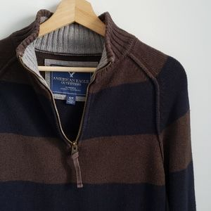 American Eagle 🦅 Brown & Navy Striped Sweater